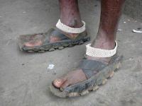 Špinavé sandále