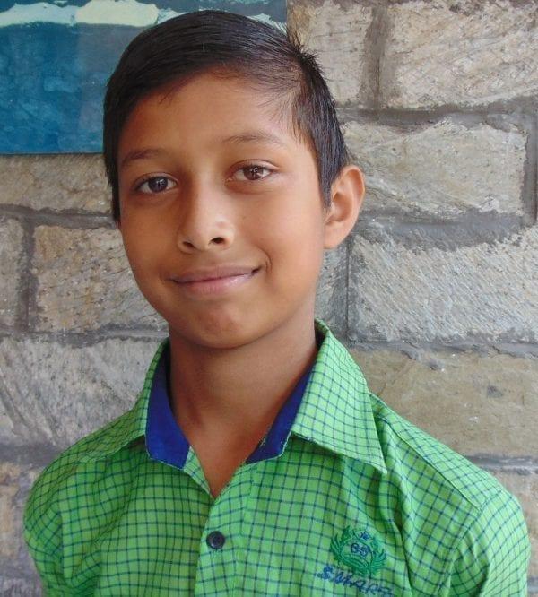 Indie: adopce dětí na dálku - Yash Dobriyal