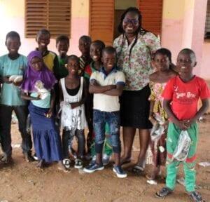 Vaše podpora dává dětem vzdělání i celkovou proměnu života k lepšímu.