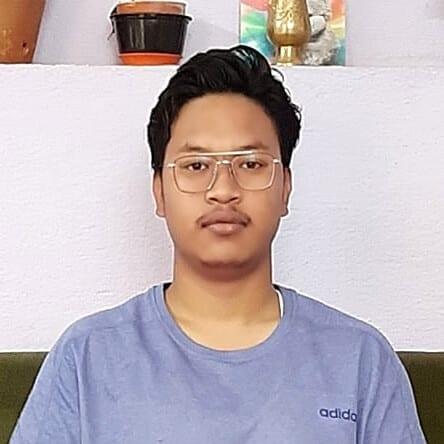 Nepálský vysokoškolák Sushant Subba k dálkové adopci.