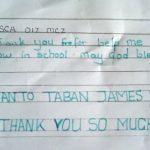 Děkovný dopis jihosúdánského chlapce jeho českým podporovatelům.